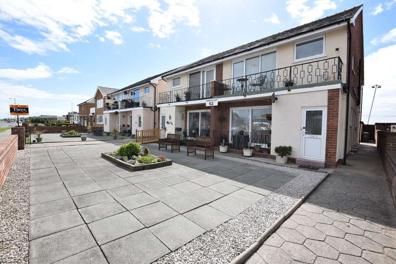 2 Bedrooms Ground Flat for sale in Clifton Drive, Blackpool