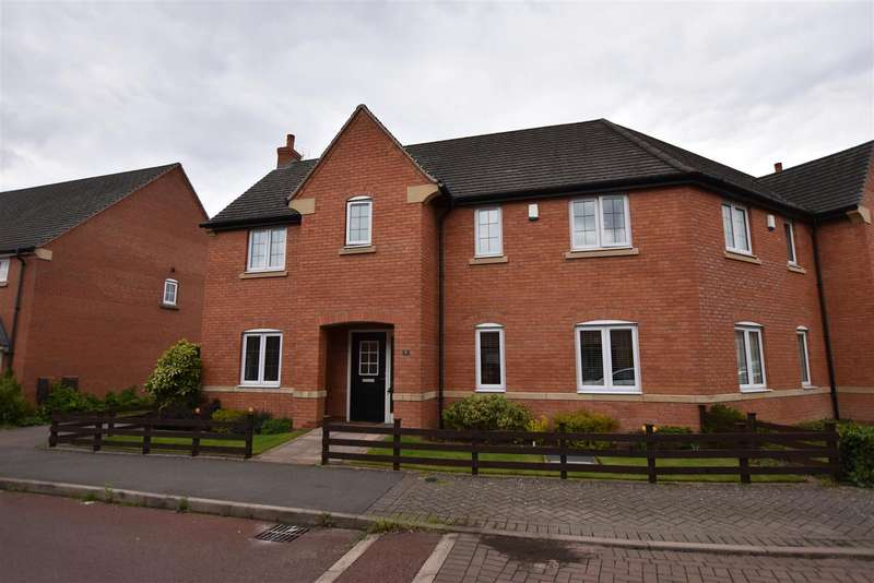 3 Bedrooms Semi Detached House for sale in Vale Close, Loughborough