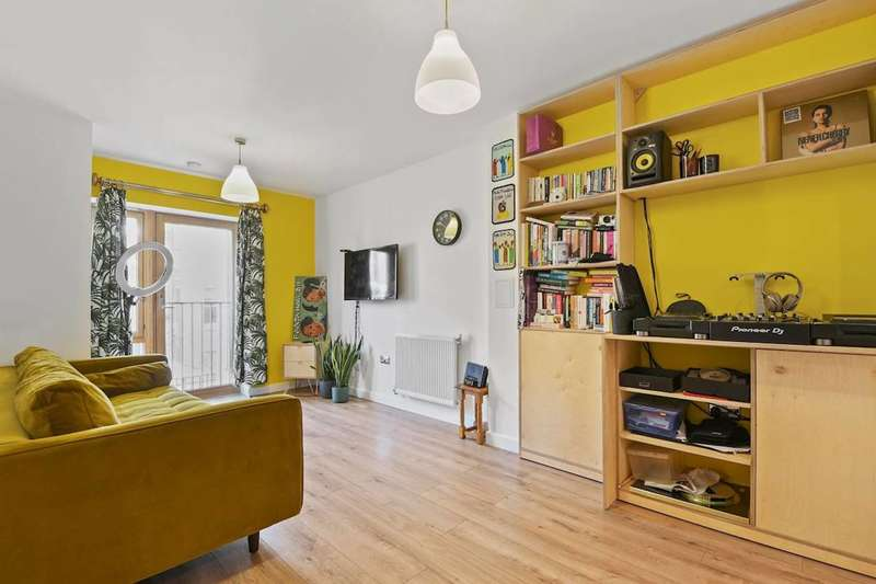 1 Bedroom Flat for rent in Spurstowe Terrace, Hackney, E8