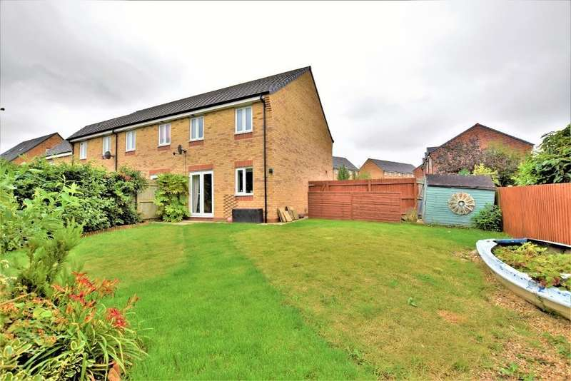 3 Bedrooms Semi Detached House for sale in Sycamore Drive, Wesham