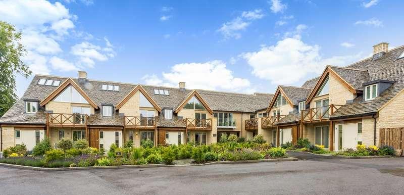 2 Bedrooms Retirement Property for sale in Butt Street, Minchinhampton, Stroud, GL6