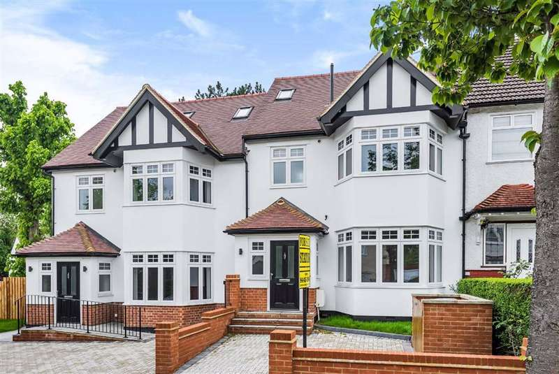 3 Bedrooms Terraced House for sale in Mayfield Avenue, North Finchley, London
