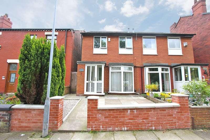 3 Bedrooms Semi Detached House for sale in Pretoria Road, Ashton-in-Makerfield, Wigan, WN4 9PU