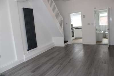 3 Bedrooms House for rent in Wimbledon Street L15