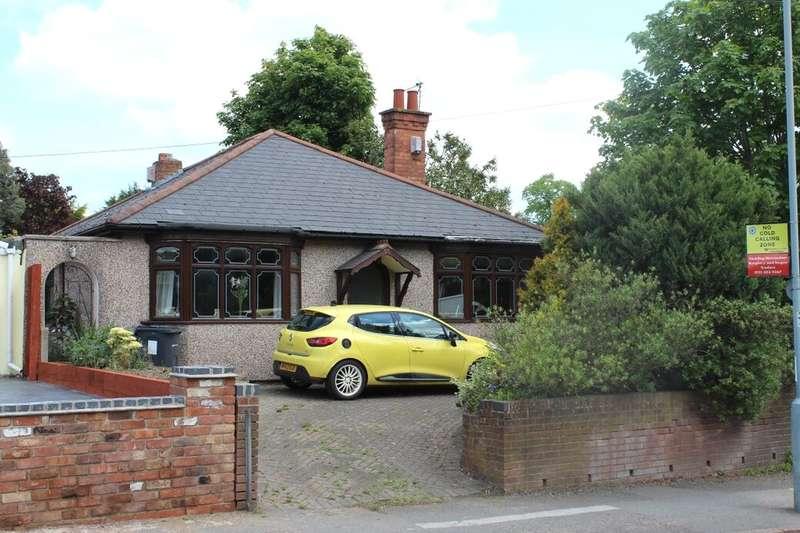 3 Bedrooms Detached Bungalow for sale in Blakesley Road, Birmingham, B25