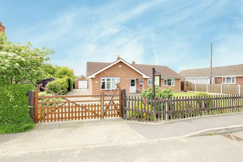 3 Bedrooms Detached Bungalow for sale in Church Lane., Mablethorpe