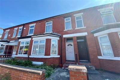 3 Bedrooms House for rent in Milner Street, Manchester, M16 9WF