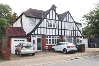 5 Bedrooms Semi Detached House for rent in Draycott Avenue, Harrow