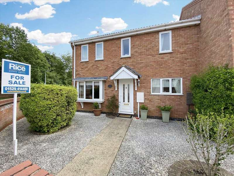 5 Bedrooms Semi Detached House for sale in Cobham Close, Heckington
