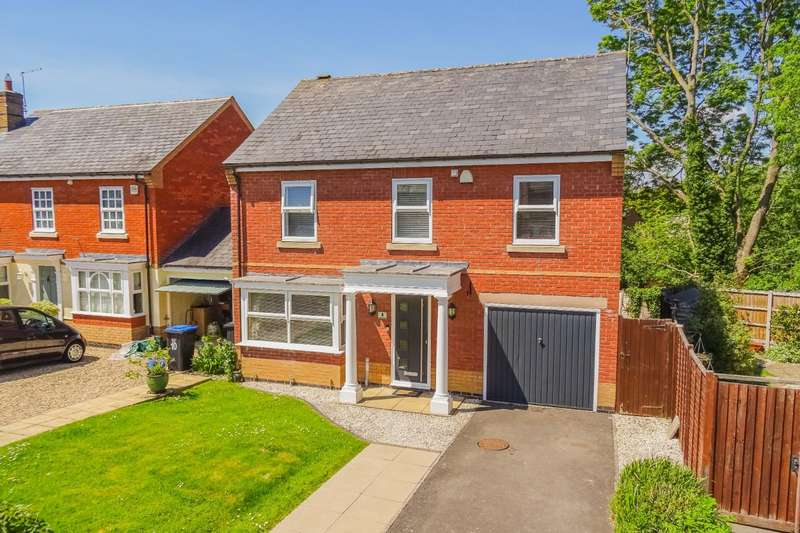 4 Bedrooms Detached House for sale in Fox Pond Lane, Great Glen, Leicestershire