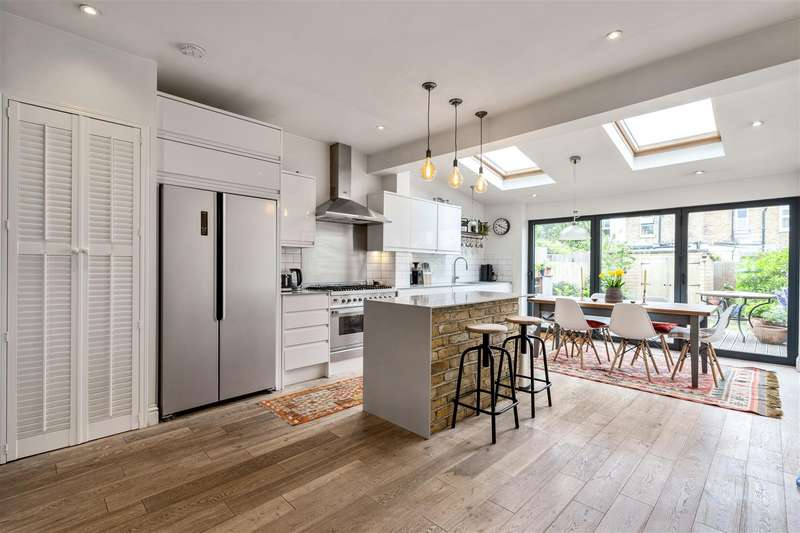 3 Bedrooms Terraced House for sale in Carlton Park Avenue, Raynes Park