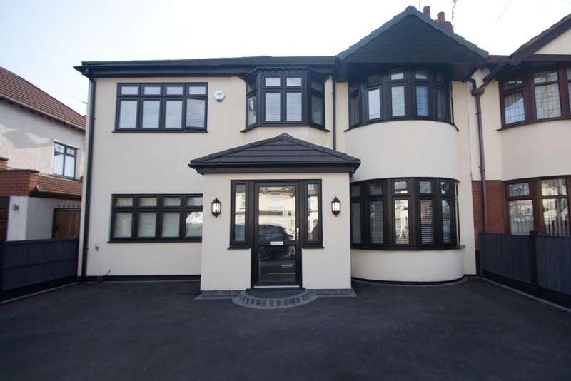 5 Bedrooms Semi Detached House for sale in Tarbock Road, Huyton, Liverpool, L36