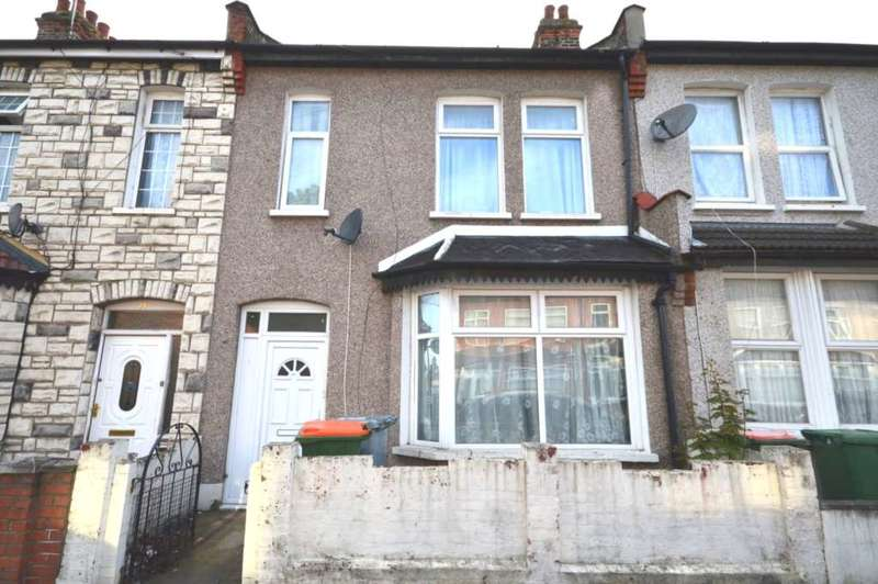4 Bedrooms House for rent in Leigh Road, East Ham