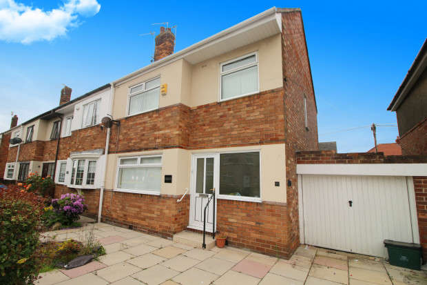 3 Bedrooms End Of Terrace House for sale in Whinfield Avenue, Fleetwood, FY7