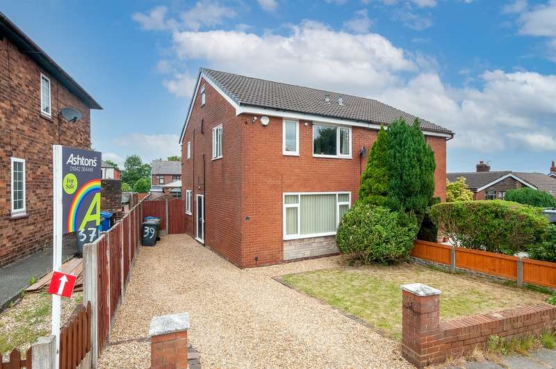 3 Bedrooms Semi Detached House for sale in Sefton Road, Ashton-in-Makerfield, Wigan, WN4