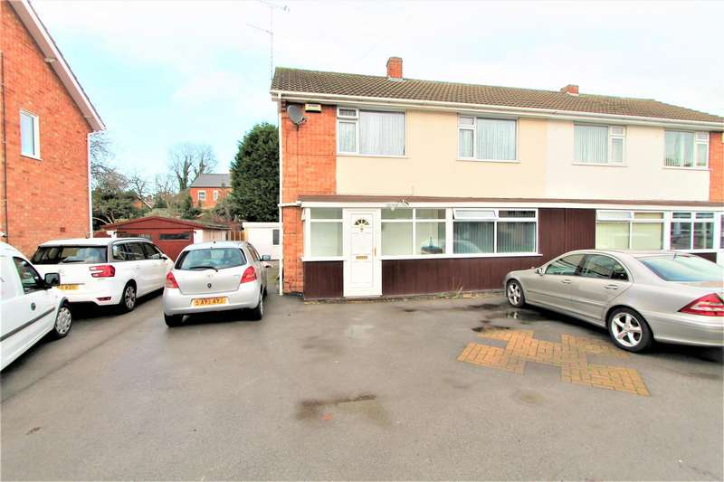 4 Bedrooms Semi Detached House for sale in The Morwoods, Oadby, Leicester LE2