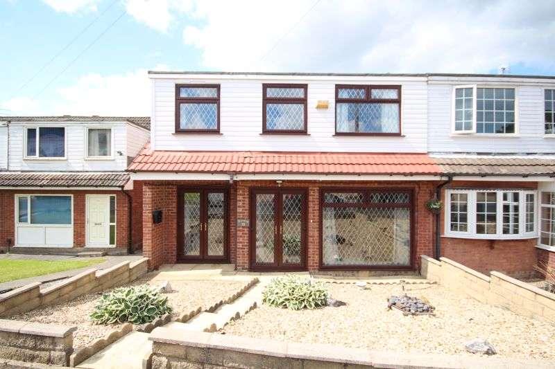 4 Bedrooms Property for sale in FAIRWAY, Castleton, Rochdale OL11 3BU