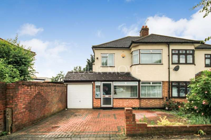 3 Bedrooms Semi Detached House for sale in Rosedale Road, Romford, RM1