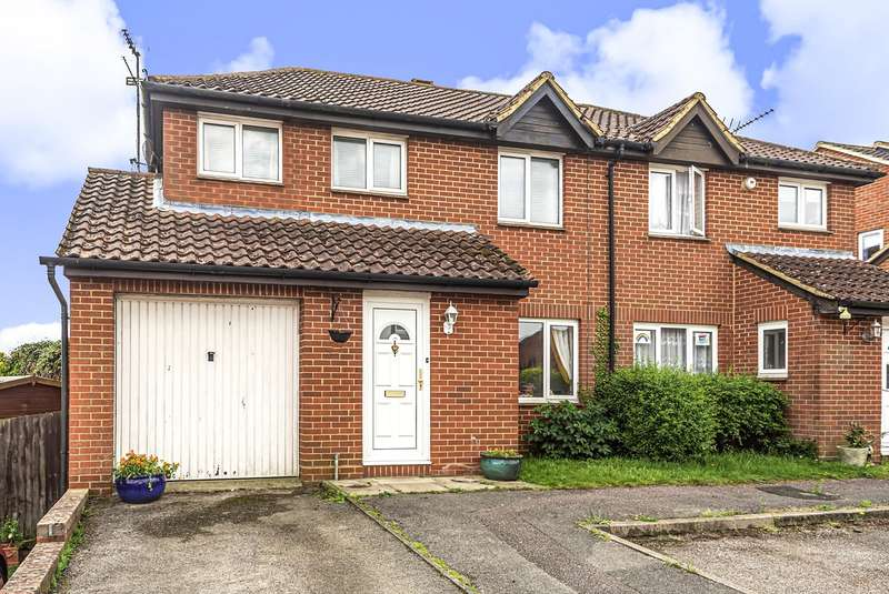 4 Bedrooms Semi Detached House for sale in Russell Road, Toddington, Dunstable, LU5
