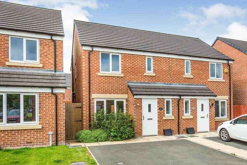 3 Bedrooms Semi Detached House for rent in Atlas Avenue, Buckshaw Village, Chorley, Lancashire, PR7