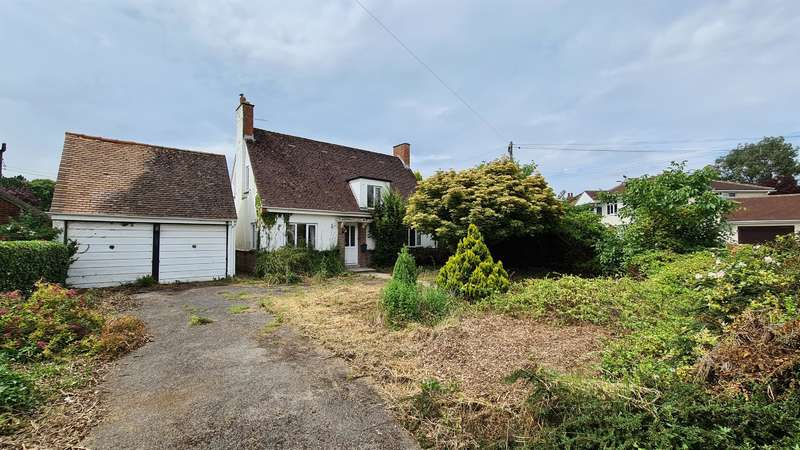 3 Bedrooms Detached House for sale in Church Road, Stroud, GL5 4JE