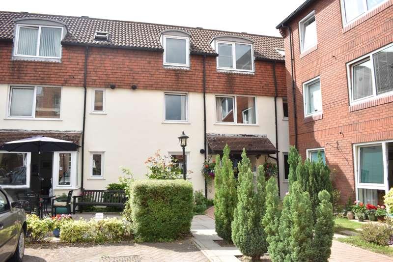 1 Bedroom Retirement Property for sale in High Street, Tewkesbury, GL20