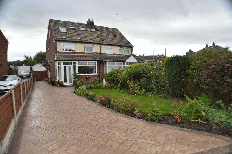 4 Bedrooms Property for sale in Bradwen Close, Haughton Green, Denton, Manchester, M34