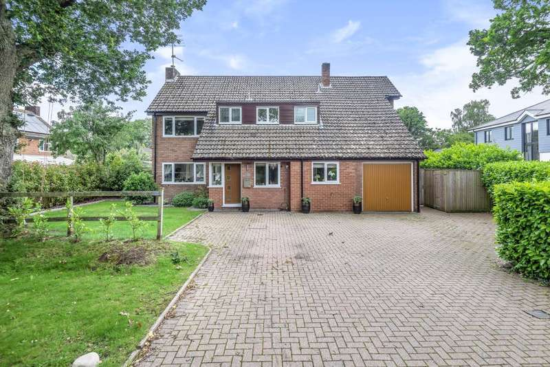 5 Bedrooms Detached House for sale in Highclere, Berkshire, RG20