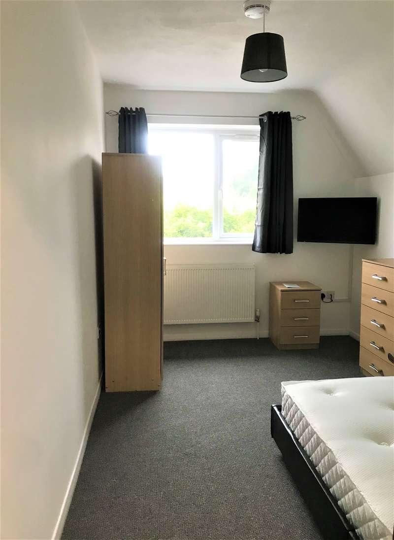 1 Bedroom House Share for rent in Sparkenhoe Villa, Desford Road, Kirby Muxloe