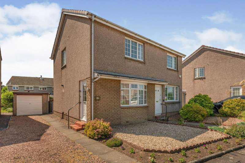 2 Bedrooms Semi Detached House for sale in Briarhill Avenue, Dalgety Bay, KY11