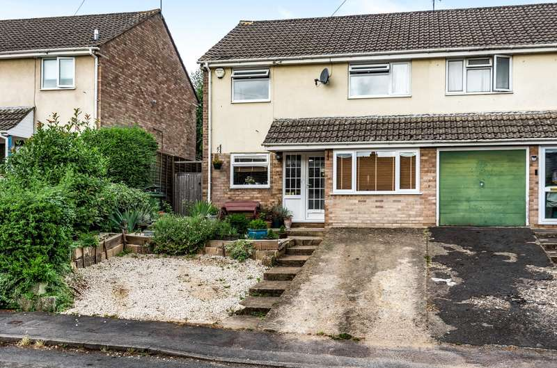 3 Bedrooms Semi Detached House for sale in Churchill Road, Nailsworth, Stroud, GL6