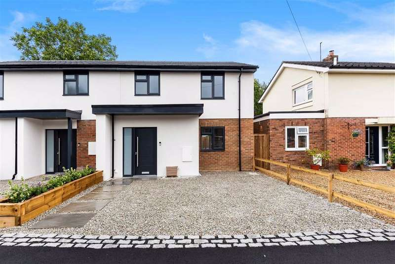 2 Bedrooms End Of Terrace House for sale in Lea Road, Sonning Common, Sonning Common Reading