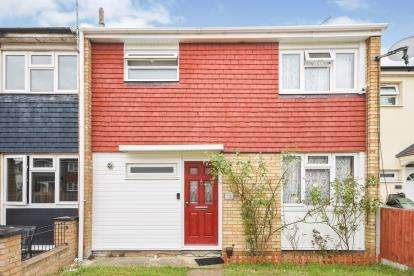 3 Bedrooms Terraced House for sale in Basildon