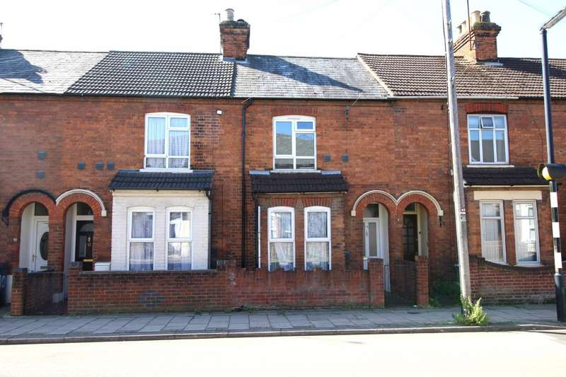 2 Bedrooms House for sale in Roff Avenue, Bedford, Bedfordshire, MK41