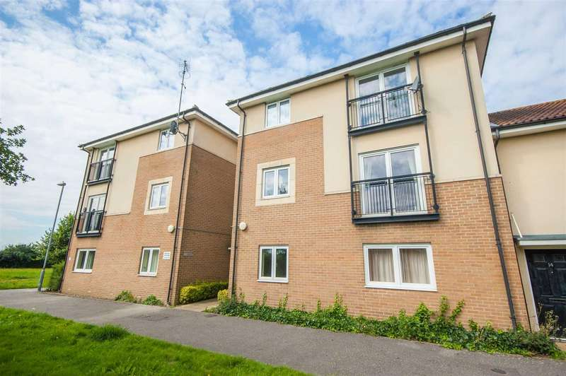 2 Bedrooms Apartment Flat for sale in Murchison Close, Chelmsford