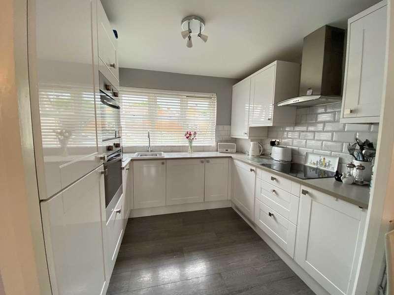 1 Bedroom Apartment Flat for sale in Crouch Street, Noak Bridge