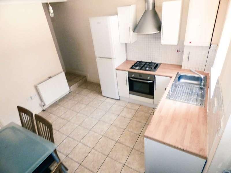 2 Bedrooms Maisonette Flat for sale in Stanley Street, Luton