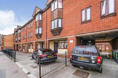 1 Bedroom Flat for sale in Southgate Street, Gloucester