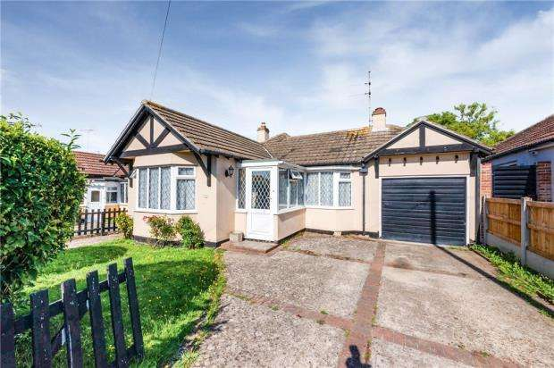3 Bedrooms Detached Bungalow for sale in Hillside Crescent, Holland-on-Sea, Clacton-on-Sea