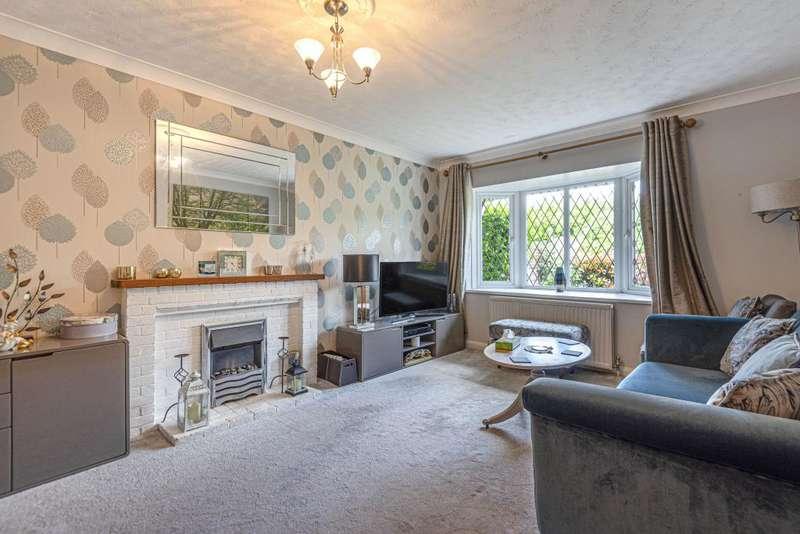 5 Bedrooms Detached House for sale in Burnham, Buckinghamshire, SL1