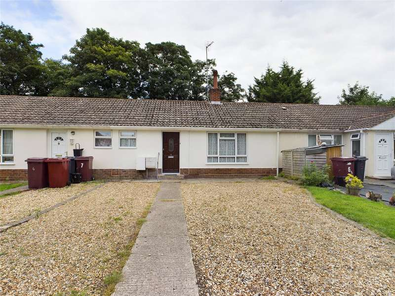 2 Bedrooms Terraced Bungalow for sale in Parkhurst Drive, Bath Road, Reading, RG30