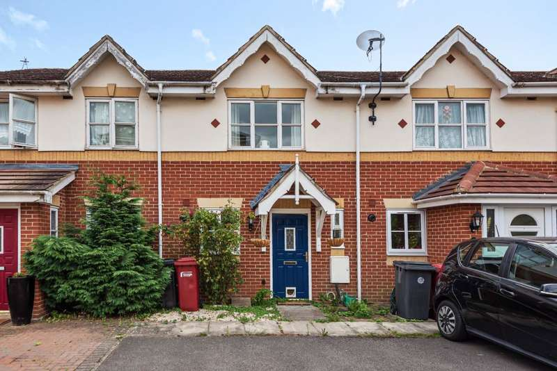 2 Bedrooms Terraced House for sale in Langley, Berkshire, SL3