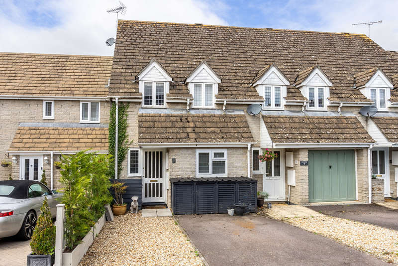 4 Bedrooms Terraced House for sale in Sherwood Road, Tetbury