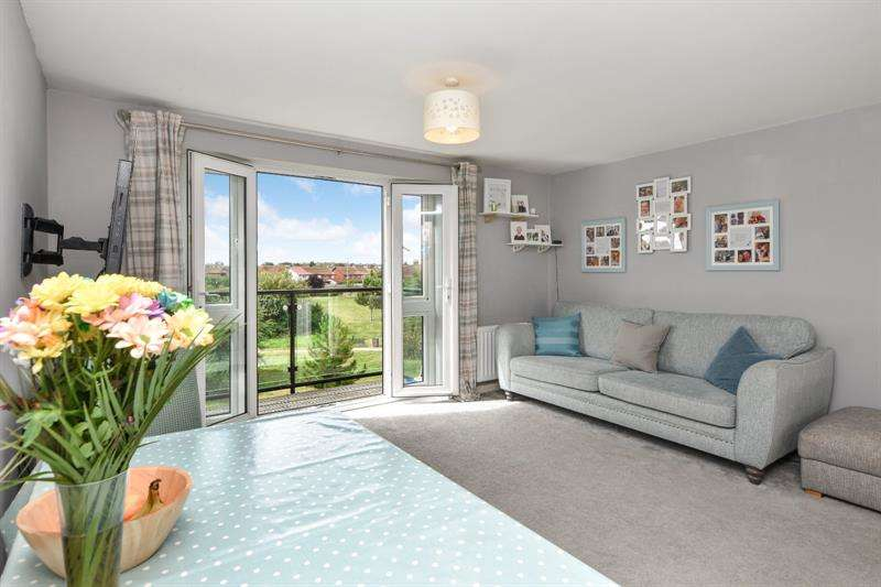 2 Bedrooms Apartment Flat for sale in Military Close, Shoeburyness, Essex, SS3