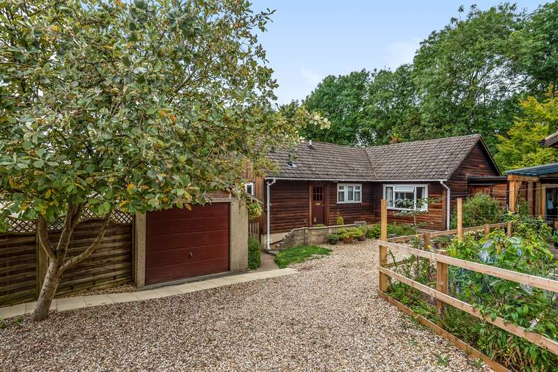 3 Bedrooms Detached Bungalow for sale in Abnash, Chalford Hill, Stroud, GL6