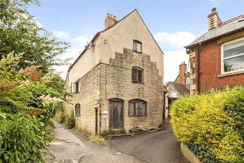 5 Bedrooms Semi Detached House for sale in Foxmoor Lane, Ebley, Stroud, Gloucestershire, GL5