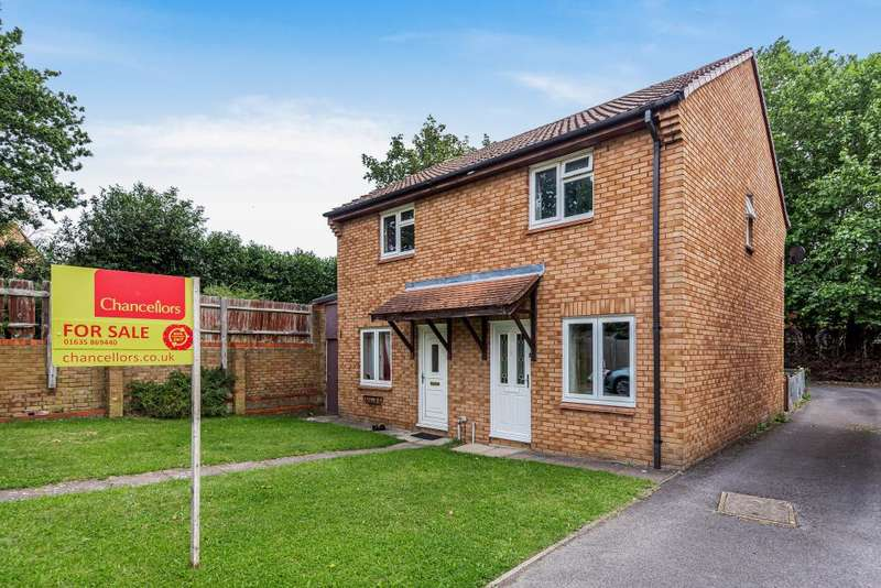 2 Bedrooms Semi Detached House for sale in The Moors, Thatcham, RG19