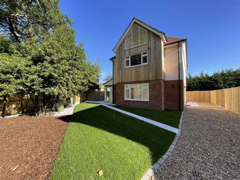 4 Bedrooms Detached House for sale in Kennylands Road, Sonning Common, Sonning Common Reading