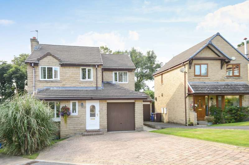 4 Bedrooms Detached House for sale in Burnley, Lancashire