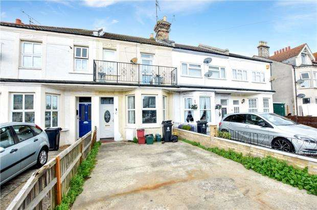 3 Bedrooms House for sale in Hayes Road, Clacton-on-Sea